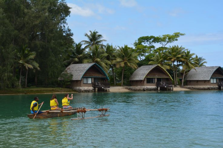'Tourists see the world...Travellers experience it...'  #travelquotes #vanuatu #holidayinnresort