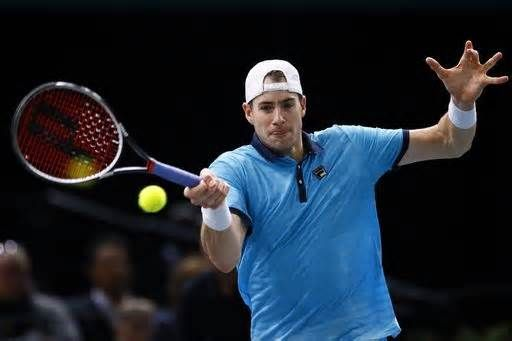 Isner beats del Potro to reach Paris semis, Nadal withdraws PARIS (AP) -- John Isner stayed on track for the last spot at the ATP Finals by beating Juan Martin del Potro 6-4, 6-7 (5), 6-4 in the Paris Masters quarterfinals on Friday. The American was the runner-up last year and needs to win the tournament to reach ...