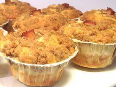 De här fluffiga muffinsen med rabarberfyllning och topping med kanel och kardemumma är som en dröm. Jag bakar dem i stora amerikanska muffinsformar och får då 12 stycken fyllda med mycket...
