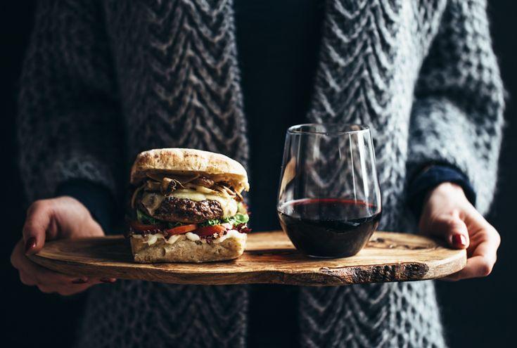 Chorizo Burger w/Grilled Mushrooms & Smoked Havarti   The Artful Desperado