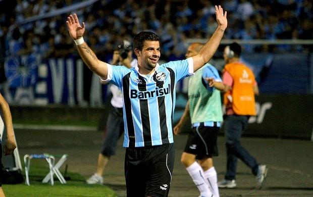 André Lima comemora gol do Grêmio contra a Ponte Preta, 1 a 0. 3/11/2012 (Foto: Lucas Uebel / Site Oficial do Grêmio)