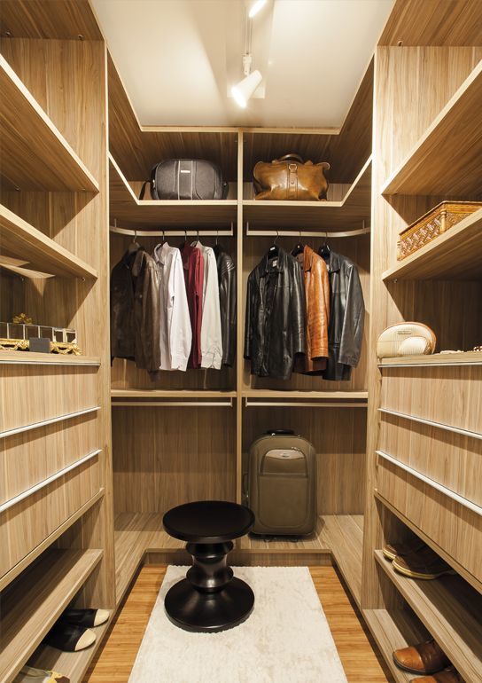 1000 images about closet on pinterest vanities walk in for Closet rusticos