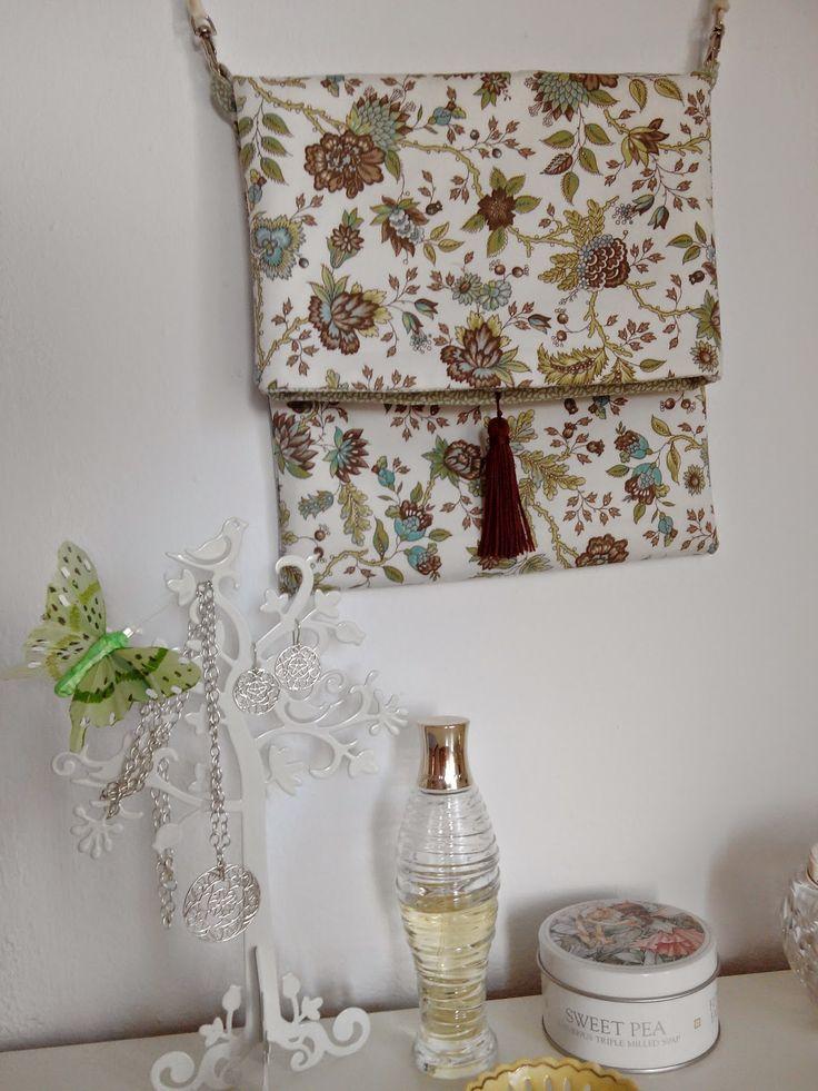 Lamoiss como hacer un bolso muy sencillo bolsos - Manualidades patchwork bolsos ...