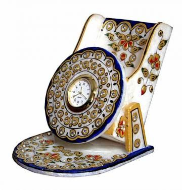 We are offering fine floral designed marble mobile stand to keep your mobile phone. This mobile stand is crafted in pure Makarana marble, adorned with floral design, embossed work and stone work. This decorative piece can be gifted during any occasions to your family and guests.