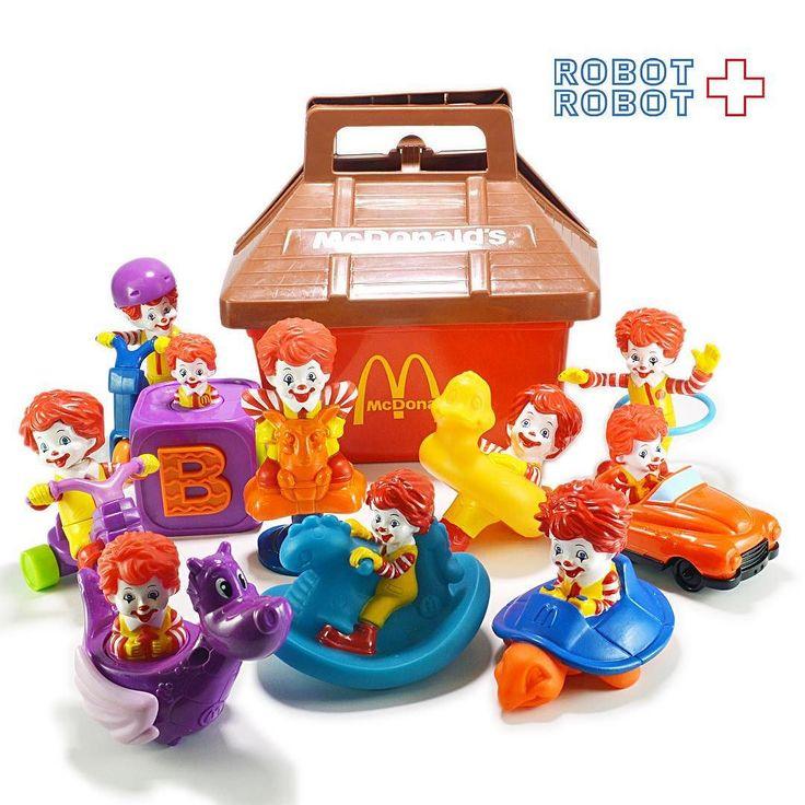 店舗のマクドナルドコーナーを広げたので色々品出ししてますよベビーロナルドは珍しめなところも #HappySet  #ハッピーミール #ハッピーセット #ハッピーセット買取 #McDonald #マクドナルド #アメトイ #アメリカントイ #おもちゃ #おもちゃ買取 #フィギュア買取 #アメトイ買取  #中野ブロードウェイ #ロボットロボット #ROBOTROBOT #中野  #WeBuyToys