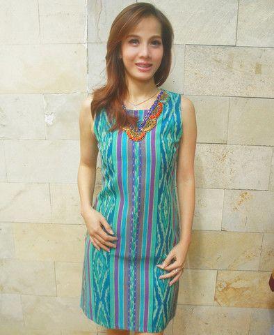 Tenun Beaded Dress Green Sleeveless | batik kultur