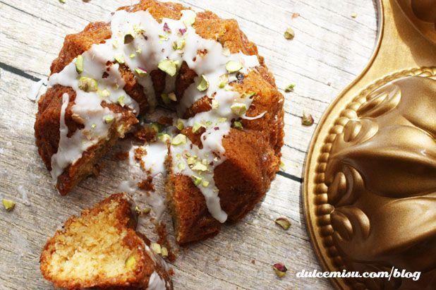 Mini-bundt-cake-chocolate-blanco-y-pistachos-15-copia.jpg (618×411)