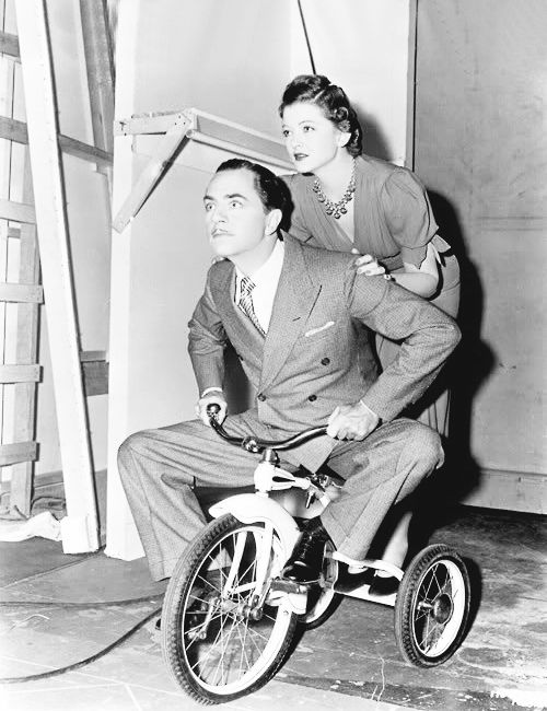 """Myrna Loy and William Powell on set of """"Another Thin Man"""""""