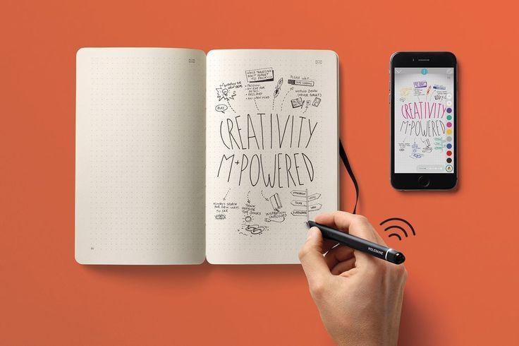 Itt az új Moleskine-füzet: okosabb, mint gondolnád!  Az okostoll, illetve applikáció segítségével a füzetbe készült rajzok és jegyzetek a képernyődön is megjelennek, elképesztő. #molesike #creative