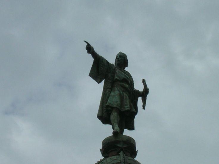 FOTOS El Monumento a Colón es una de las más famosas estatuas de la ciudad de Barcelona (España). Construida en homenaje al descubridor Cristóbal Colón, está...