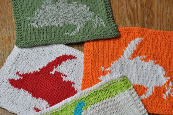 Hand knit Dish cloths with Newfoundland Map by HeadtoToeKnits