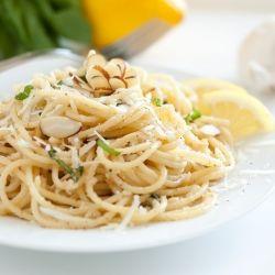 Browned Butter Lemon Pasta - an elegant, 15 minute, bursting with flavor pasta dish. How can something so simple be so good?: Lemonpasta, Food, Lemon Pasta, Recipes, 15 Minute Meals, Brown Butter, Butter Lemon