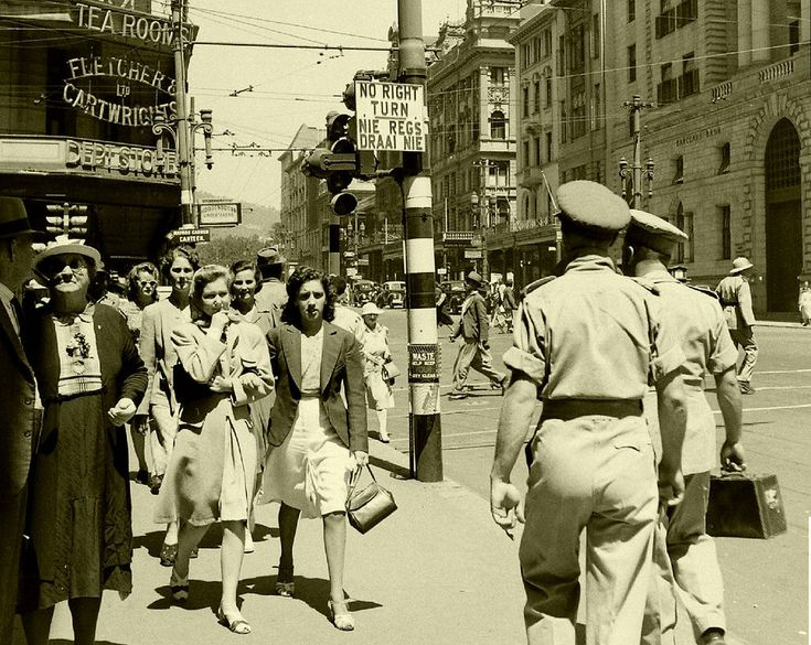 https://flic.kr/p/tMKJp8 | Wartime Cape Town, 1943.