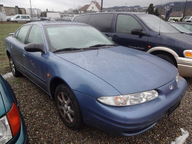 CHEVROLET Alero 3.4 V6 D, Petrol, Second hand/used, Automatic