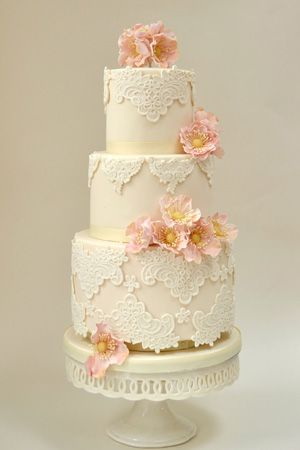 Ivory lace wedding cake by Rosalind Miller