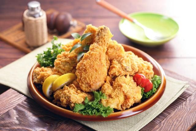 The secret recipe for KFC fried chicken has never been revealed, but this is a good copy. Just like the real thing, it contains 11 herbs and spices.