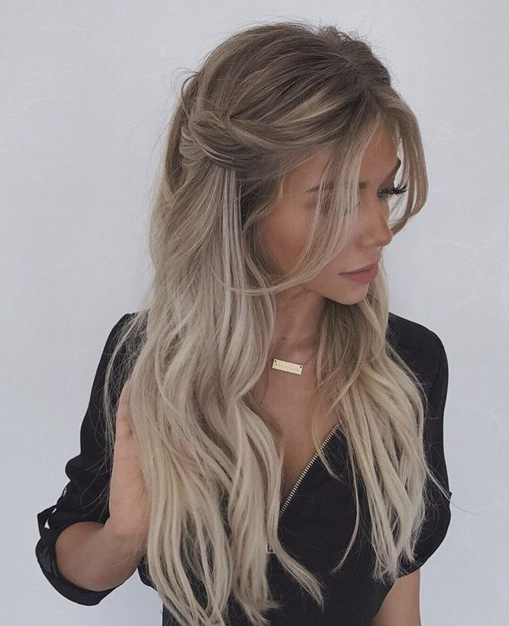 Half Up Half Down Hairstyle Hairstyles Hair Styles Long Hair Styles Braids For Long Hair