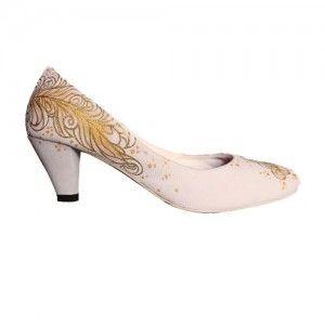 Sepatu Lukis Pumps Feather Krem IDR298.000 SIZE 36-40  Hubungi Customer Service kami untuk pemesanan : Phone / Whatsapp : 089624618831 Line: Slightshoes Email : order@slightshop.com