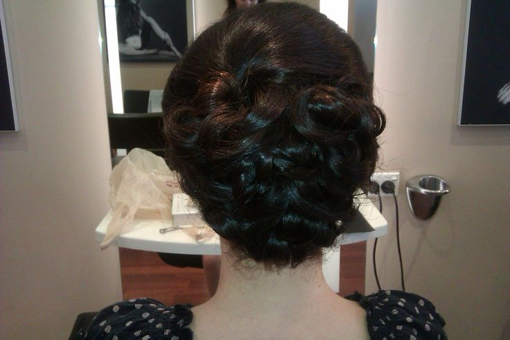 Bob upstyle, beautiful for any formal occasion.