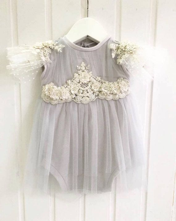 cod73 Baby photo prop, romper-dress baby photography, sitter size baby photo dress, bonnet, lace embroidery