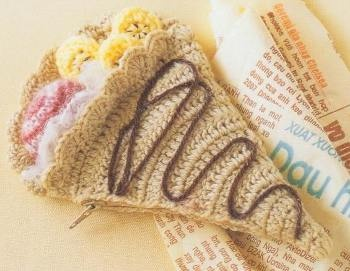 Кошелёк для мелочи cвязаный крючком «Мороженное рожок»