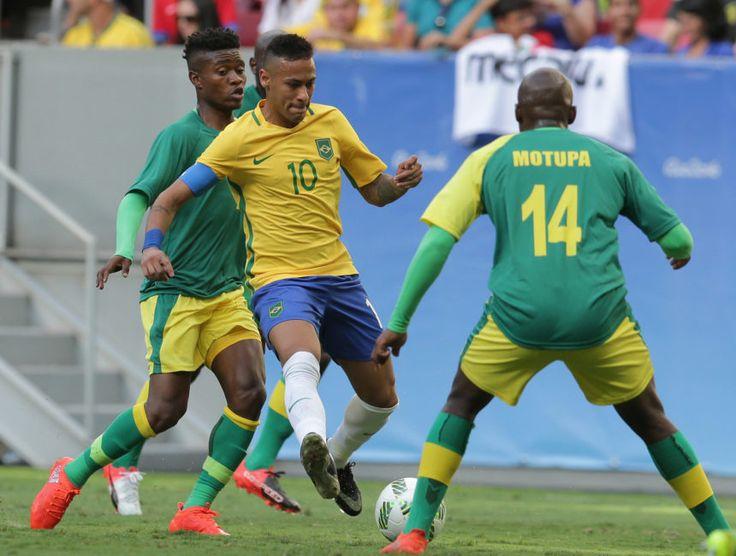 El delantero brasileo neymar dispara a la portera de sudfrica el delantero brasileo neymar dispara a la portera de sudfrica ap neybar jr barsileho pinterest negle Images