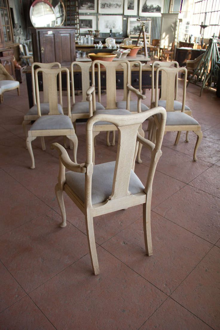 set of 8 1920s queen anne style chairs   queen anne