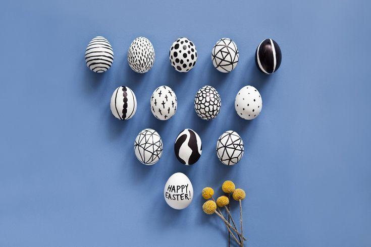 4 DIY faciles à copier ! Effet marbré, effet ombré, black & white ou couronnes de fleurs, vos oeufs de Pâques auront du style !