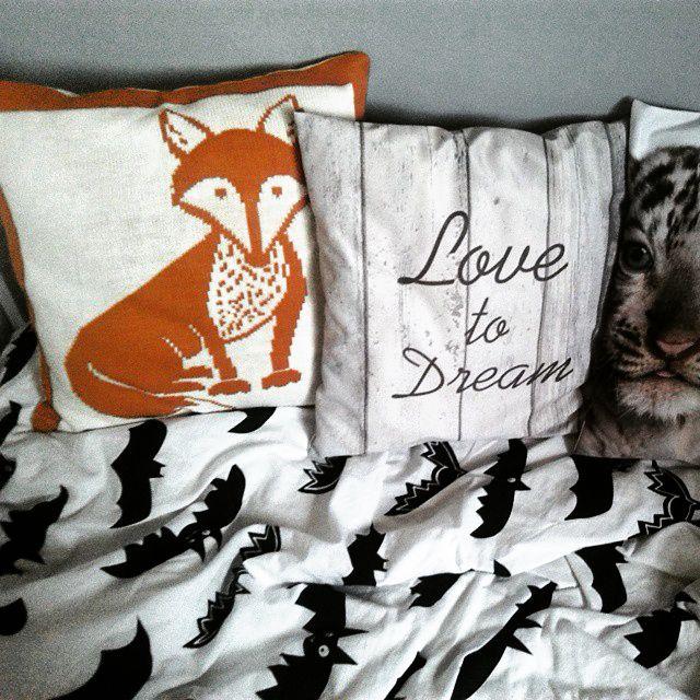 kids room, kids bed, pillow, forest, lisek, pokój dziecięcy