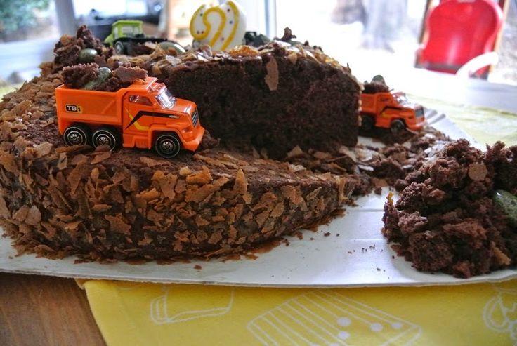 Dettaglio torta cantiere (madeira cake).