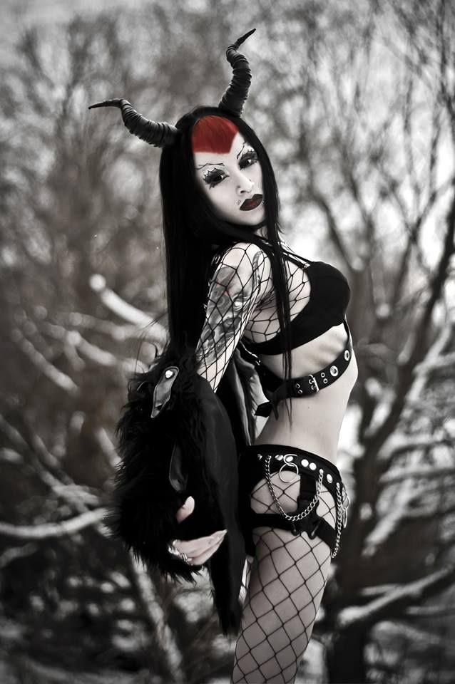 Satanic #Goth girl with horns