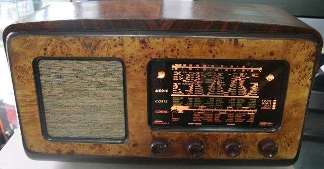 Radio d'epoca a valvole watt taurus anno... a Campobasso - Kijiji: Annunci di eBay