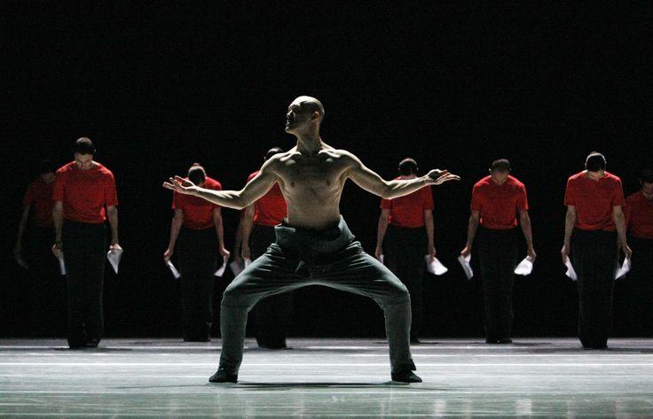 Songs for Drella van het Scapino Ballet Rotterdam. Op tournee t/m 16 mei 2015. Op de foto: Mischa van Leeuwen. Fotograaf: Hans Gerritsen.