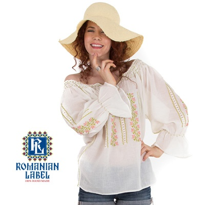 $84.20 Long-sleeved Traditional Romanian Blouse RL0015 100% hand made http://www.romanianlabel.ro/en/ii-cu-maneca-lunga/ie-traditionala-romaneasca-cu-maneca-lunga-RL0015
