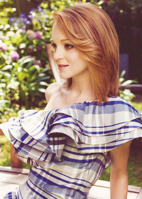 Jayma Mays. Contrast, and attractive.