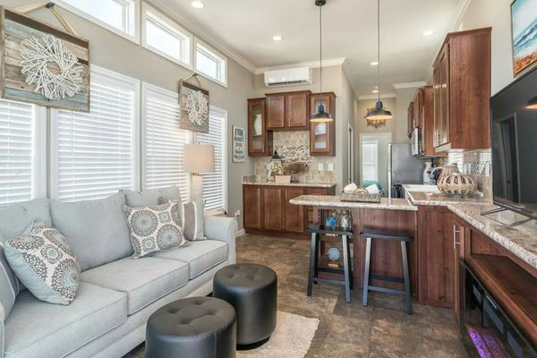 Lake Cabins Tiny Homes Park Models 1 Bed 1 Bath Mobile Home For Sale In Victoria Tx Offerup Home Park Model Homes Park Models