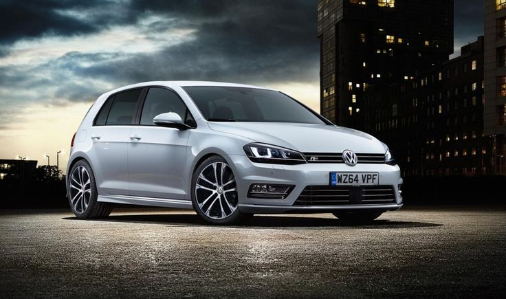 Is this the best hatchback ever? The Volkswagen Golf R Line