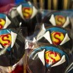 Pirulitos de chocolate festa do Super Homem