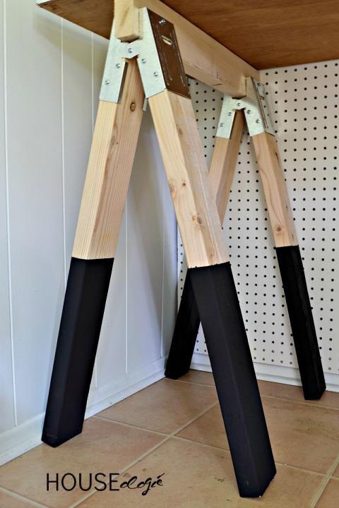 DIY Sawhorse Desk 1