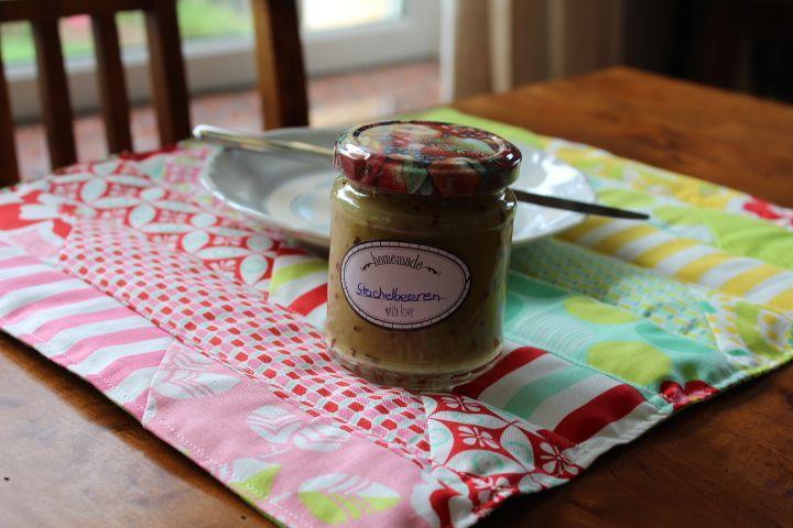 Leckere Stachelbeermarmelade, ein kostenloses Rezept unter: blog.meine-naehwerkstatt.de