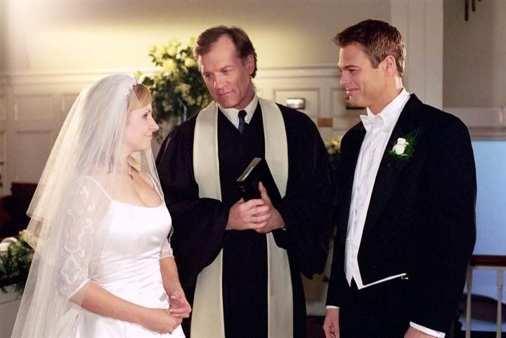when do lucy and kevin meet in 7th heaven