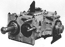 Т-34 — 4-скоростная КПП танка Т-34.