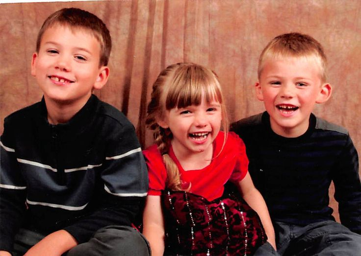 recent 2014 picture of our 3 grandchildren Spencer is now 7,Brooke is now 4 and Marshall is now 5 they are so cute