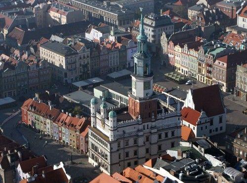Jesteśmy w samym centrum Poznani! Szukajcie nas przy Starym Rynku 25-29.