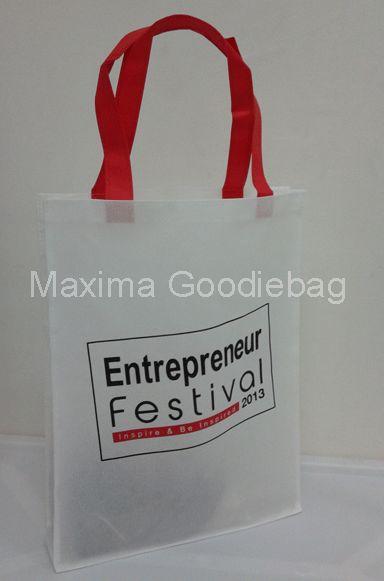 Perdanagoodiebag menyediakan berbagai pilihan goodie bag ultah baik yang ready to use maupun custom made  untuk keperluan goody bag dan tas...