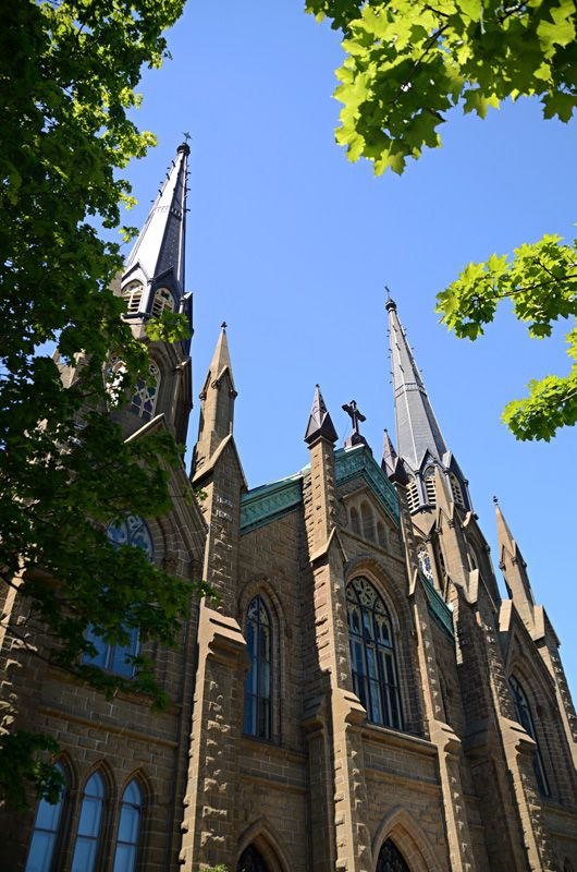 Basilique St Dunstan - Charlottetown, Prince Edward Island, Canada Beautiful Church to get married in.