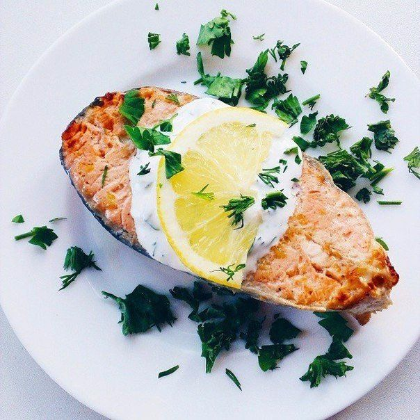 Hot salmon with cold creamy mustard sauce | Recipe