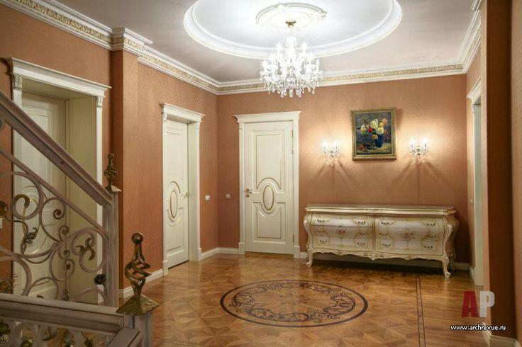 Фото интерьера холла особняка в классическом стиле | Дизайн интерьера загородного дома в классическом стиле | Interior design of a country house in the classical style