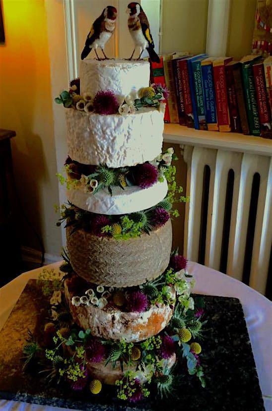 How cute are those love birds? Huge congrats to Celia and thanks for the pic of our beautiful wedding 'cheese' cake.