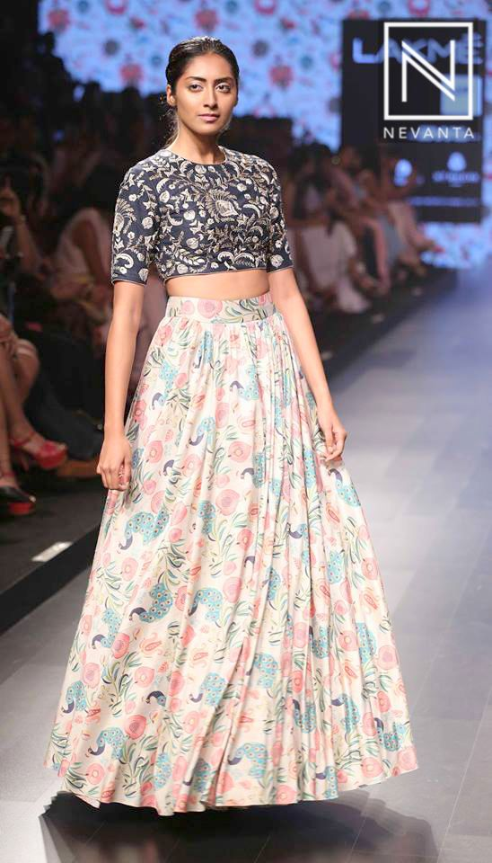 #PayalSinghal interweaves the beauty of a peacock and fresh blooms in her collection